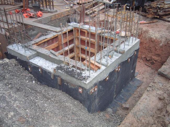 Hình ảnh: Những lưu ý về kết cấu và đảm bảo chống thấm khi thi công thang máy nhà dân
