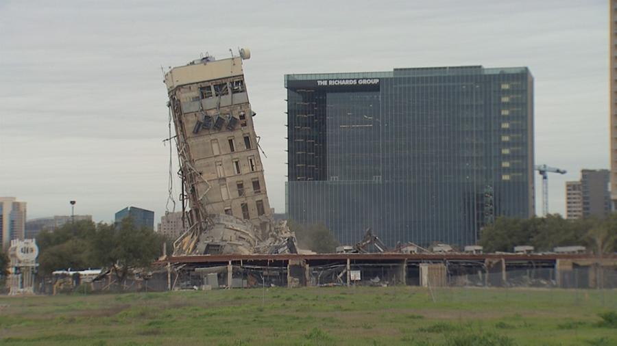 Hình ảnh: Công trình đang thi công bỗng nhiên đổ sập dẫn đến nhiều tai hại