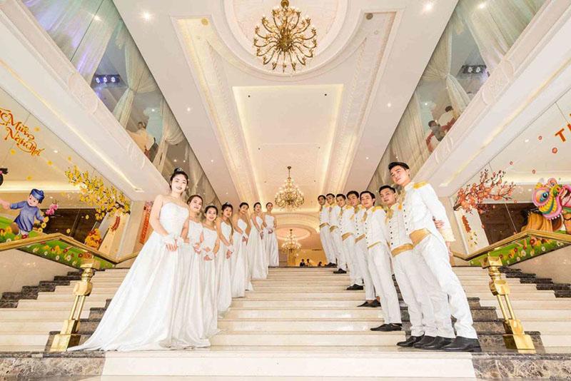 Nhà hàng tiệc cưới sang trọng cần đảm bảo tính thẩm mỹ, chất lượng dịch vụ tốt