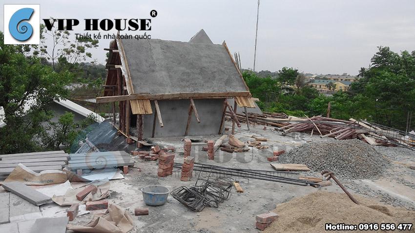 Những công đoạn xây cuối cùng của quá trình xây thô thân nhà